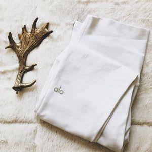NEW ➳ ALO WHITE LEGGINGS